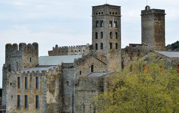 Самые интересные места: Монастырь Сан Пэре