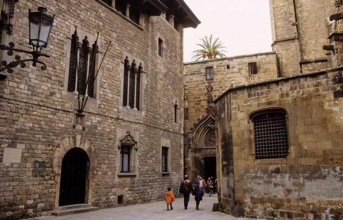 Дом с привидениями в Барселоне: Еврейский квартал