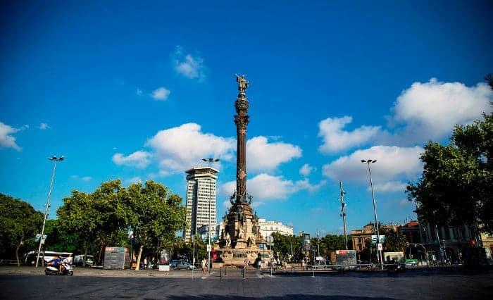 Подъем на монумент Колумба
