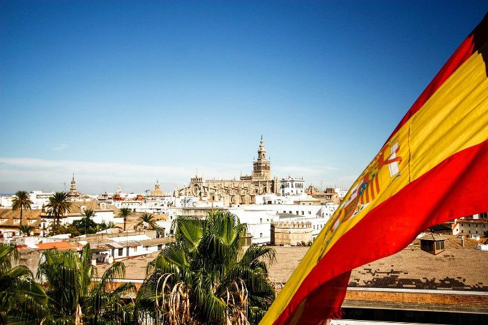 Подача заявки с помощью представителя в Испании