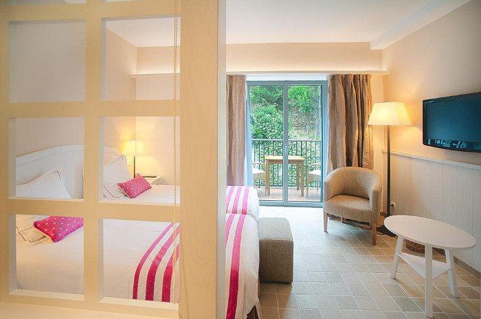 Отель Коста-Брава для отпуска в уединении – Playa Sol
