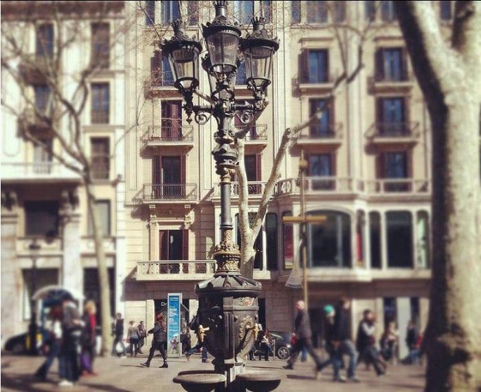 Удивительный фонтан Каналетес