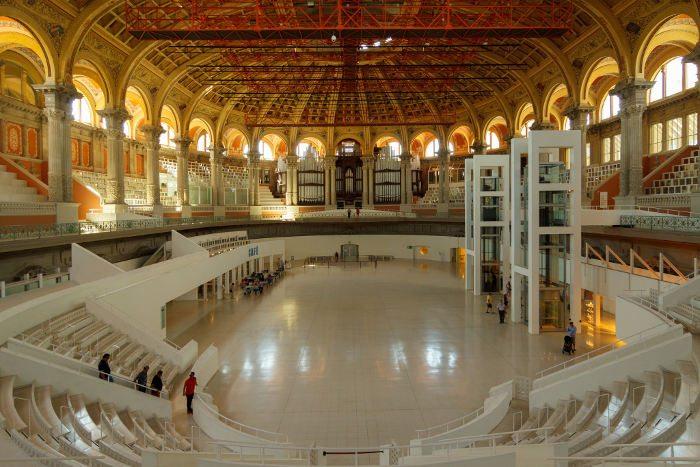 Национальный музей искусства Каталонии изнутри