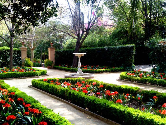 Сады Ларибаль