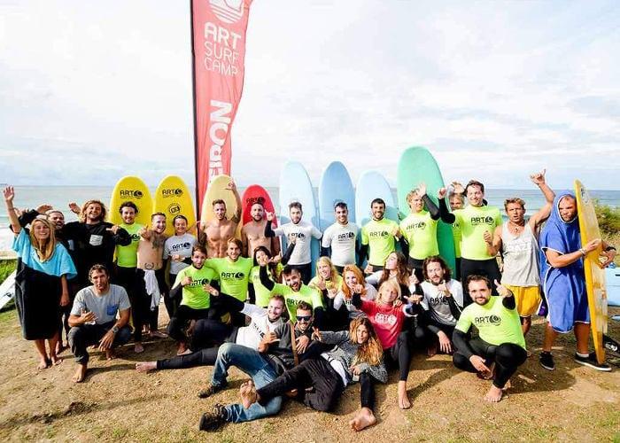 Обучение серфингу в Барселоне