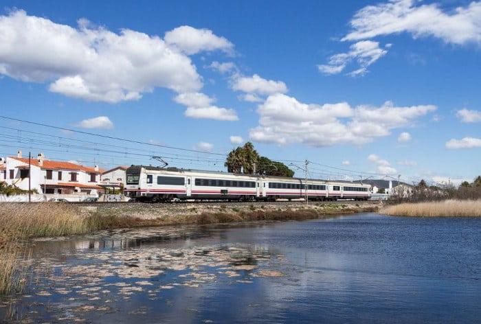 Барселона - Бланес: как добраться на поезде