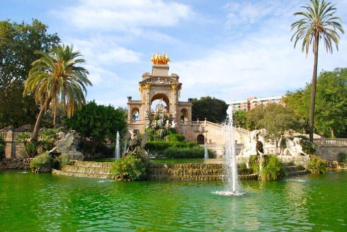 Фонтаны в Барселоне: роскошный Каскад Монументаль