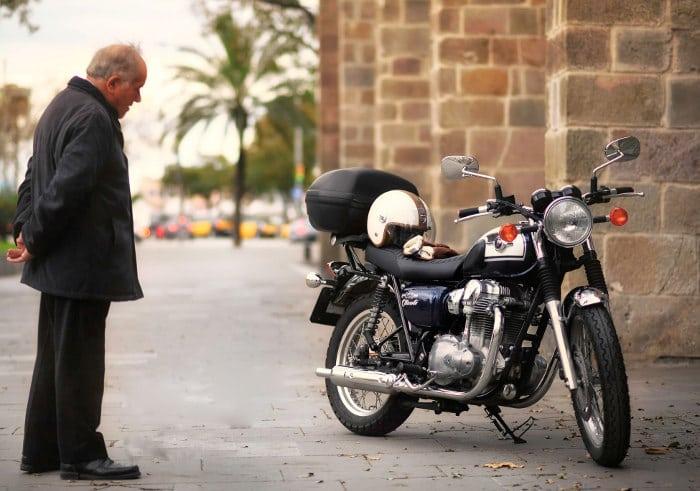 Мотокикл в Барселоне - это бюджетно