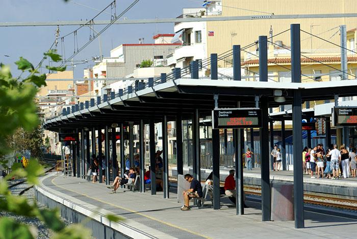 Как добраться из Калельи в Барселону на поезде