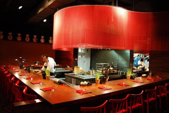 Рестораны Мишлен в Барселоне: Dos Palillos