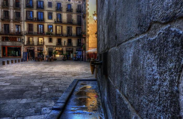 Ла Рибера – яркая и самобытная часть района
