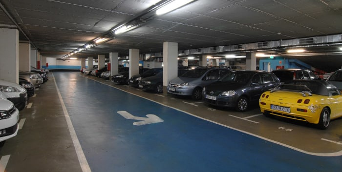 Двухэтажная подземная парковка