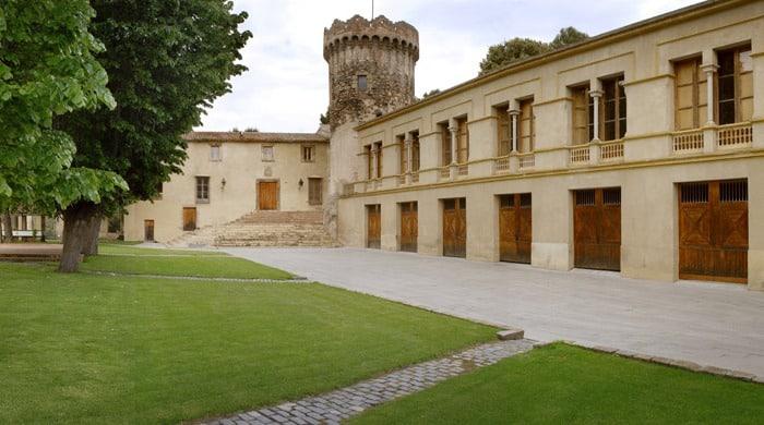 Отреставрированный замок Кан-Ратес