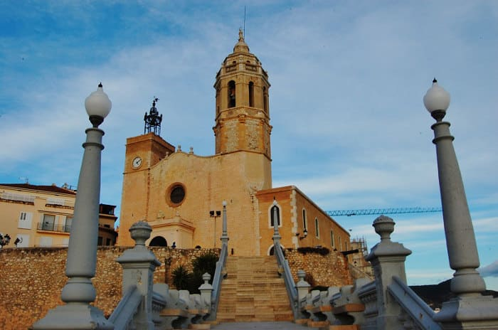 Церковь Святых Бартоломея и Феклы