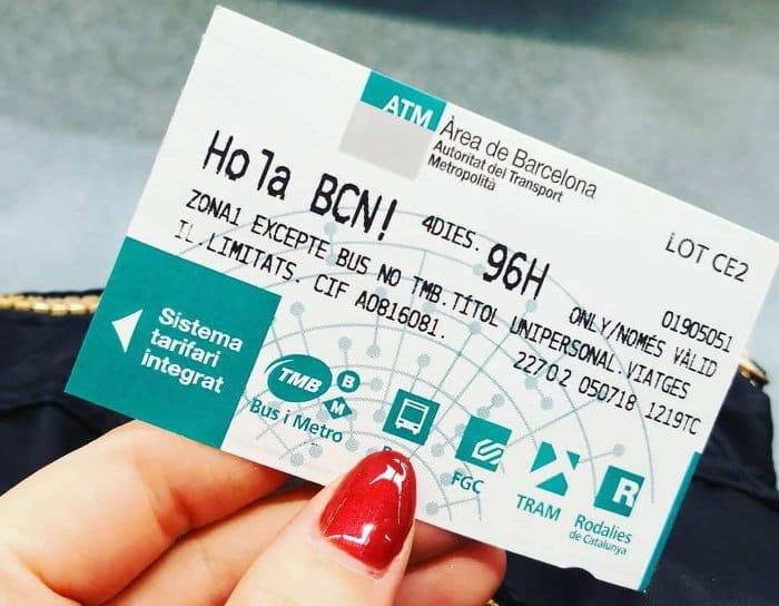 Особенности использованияпроездного Hola BCN