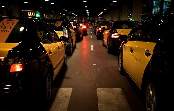 Поездка к центру Барселоны на такси