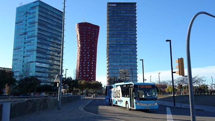 Как добраться до центра Барселоны: автобус Аэробус