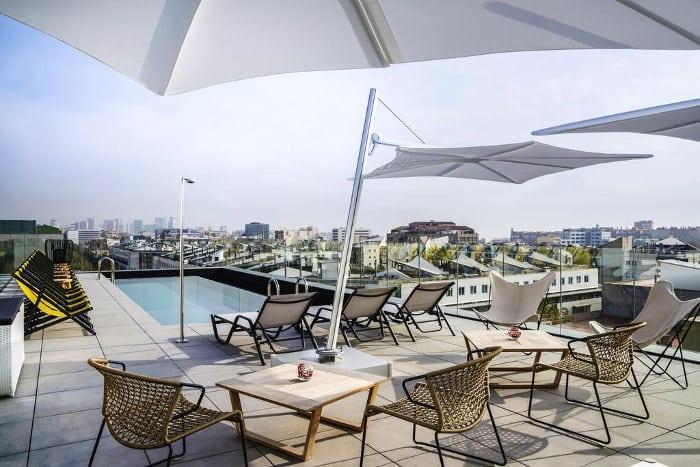 Отели Барселоны с бассейном: наш выборОтели Барселоны с бассейном: наш выбор