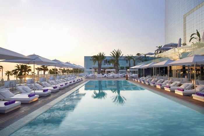 Отель W Barcelona с бассейном (пятизвездочный)
