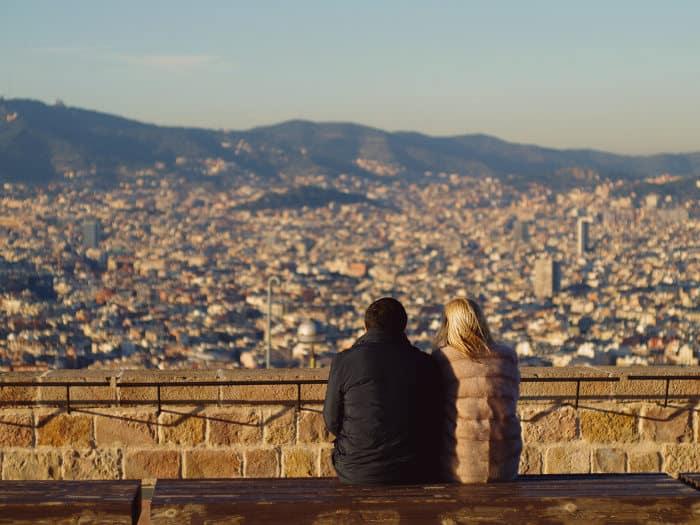 Как одеваться с учетом ноябрьской погоды в Барселоне