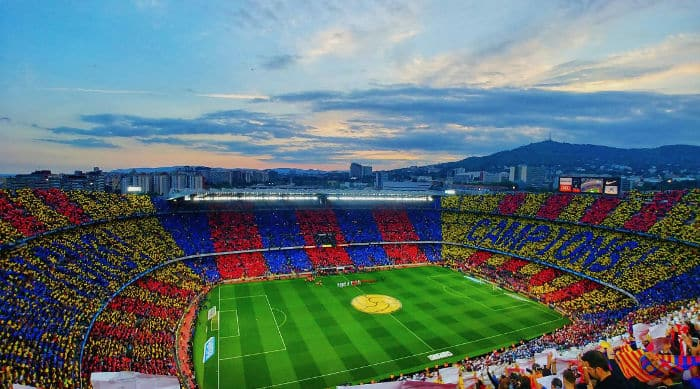 Погода в Барселоне в сентябре: футбол на Камп Ноу