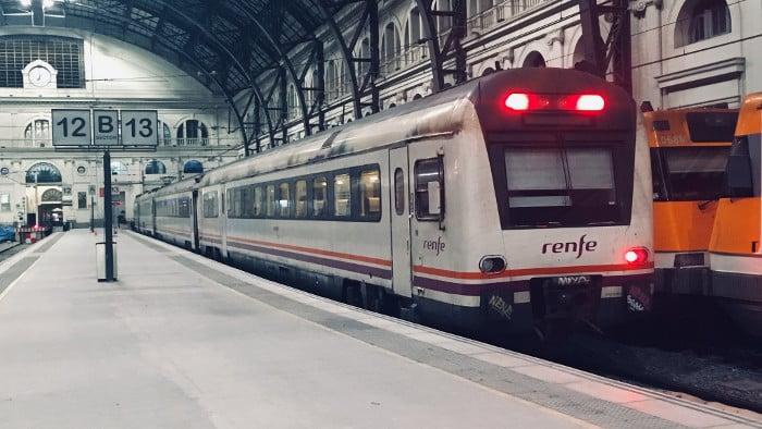 Как выглядит Французский вокзал в Барселоне
