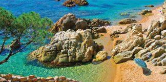 Лучшие пляжи рядом с Барселоной: наш выбор