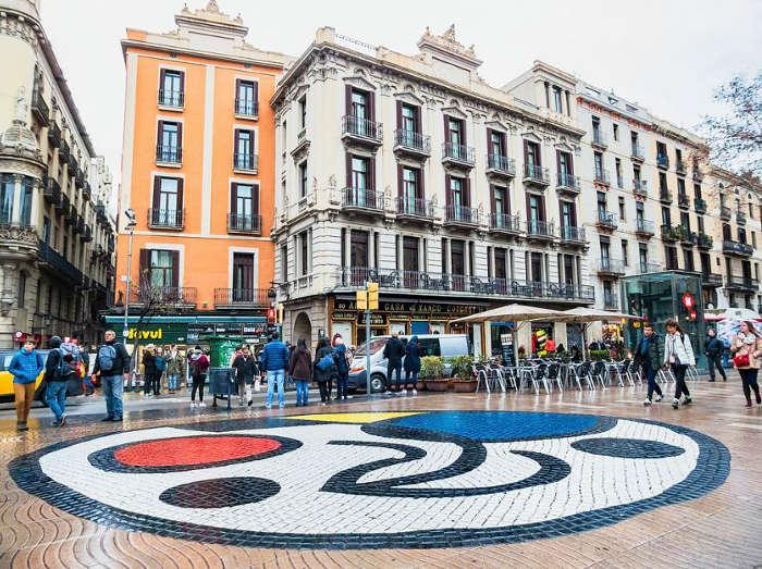 Уличное искусство Барселоны: шедевры гениев своего дела