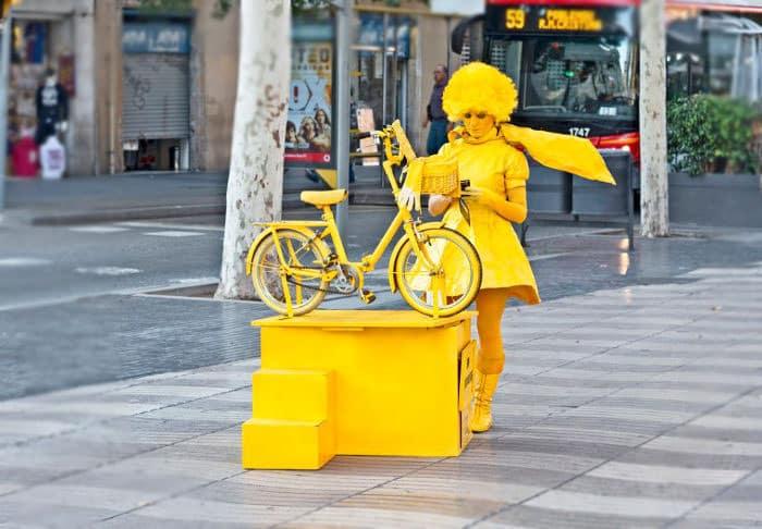 Уличное искусство Барселоны